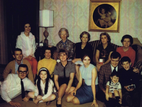 Family Christmas Pic 1966