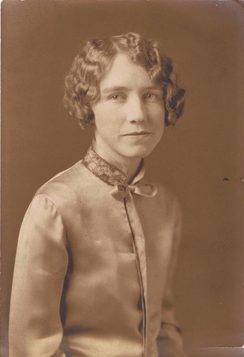 Lucy BynumLambeth